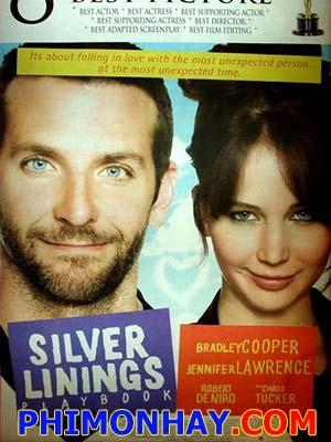 Tiểu Thuyết Tình Yêu Silver Linings Playbook.Diễn Viên: Bradley Cooper,Jennifer Lawrence,Robert De Niro