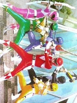 Kyouryuu Sentai Zyuranger Chiến Đội Khủng Long Zyuranger.Diễn Viên: Petchtai Wongkamlao,Jacqueline Apitananon