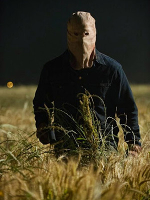 Thị Trấn Cuồng Sát The Town That Dreaded Sundown.Diễn Viên: Addison Timlin,Veronica Cartwright,Anthony Anderson