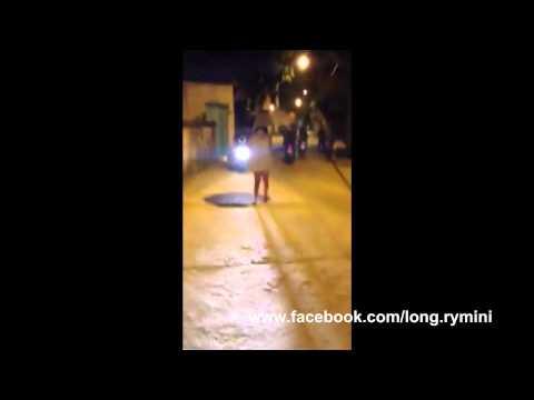 [HD] Nữ sinh mộng du gây xôn xao ở phố Kim Ngọc 26-11-2013